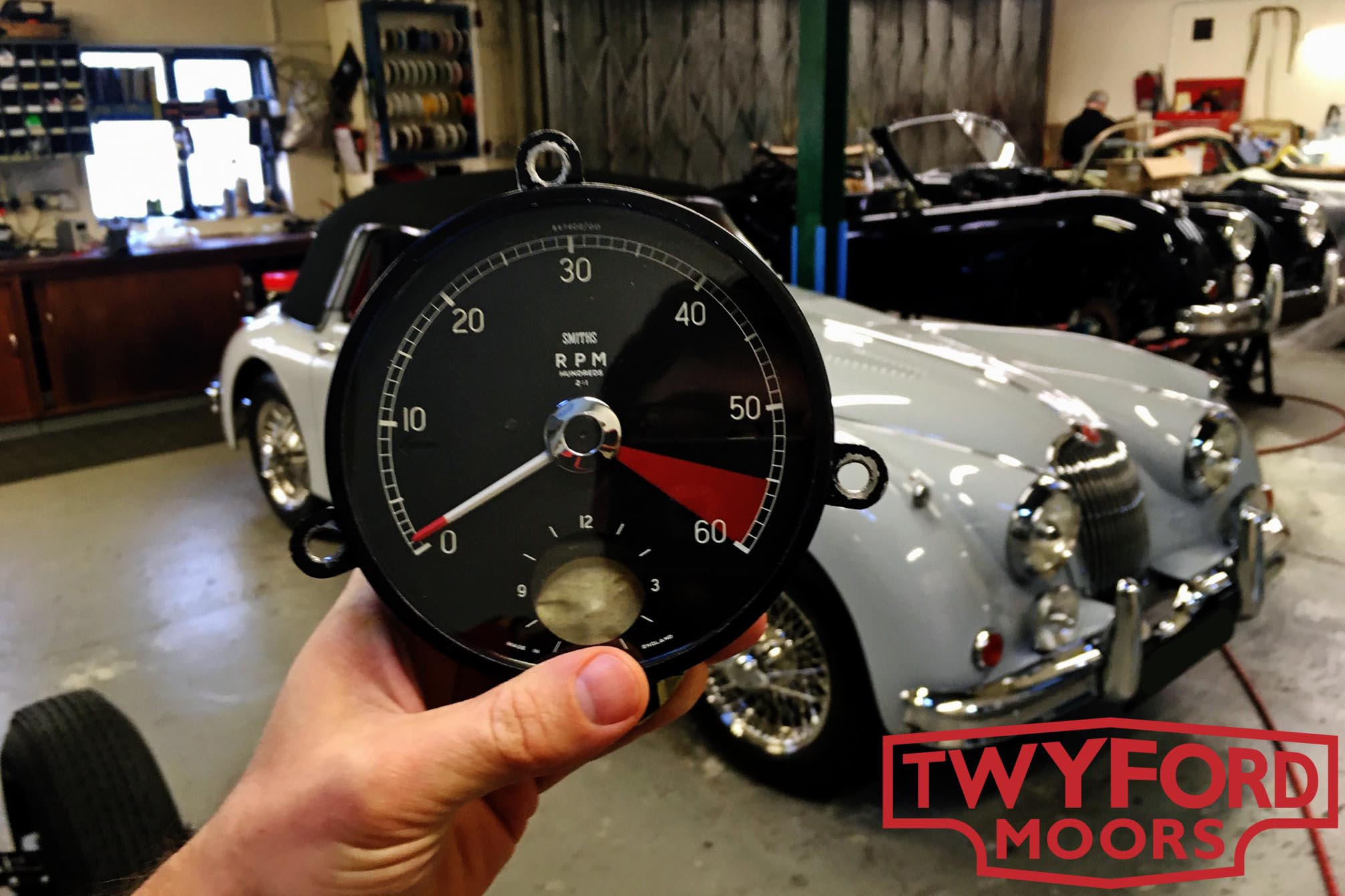 Jaguar XK150 rev counter rebuild